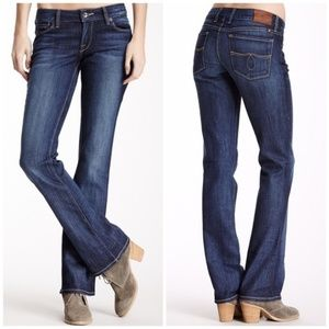 NWT Lucky Brand Lola Bootcut jeans size 4/27